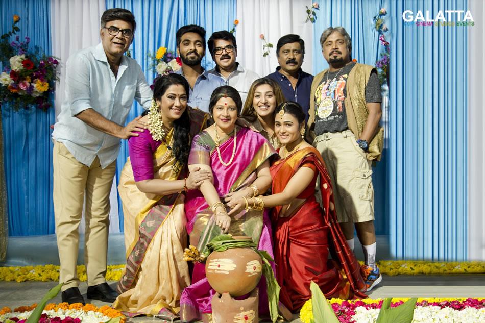 100 Percent Kaadhal team celebrates Pongal