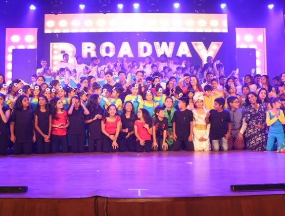 Celebrities at Broadway Express musical event