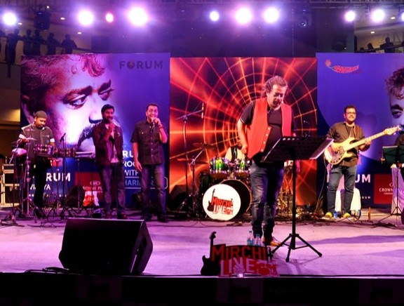 Hariharan's Live In Concert at The Forum Vijaya Mall
