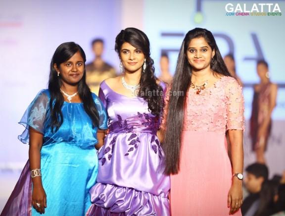 Madras Couture Fashion Week (MCFW) Season 4 Day 1 - Komal & Mona