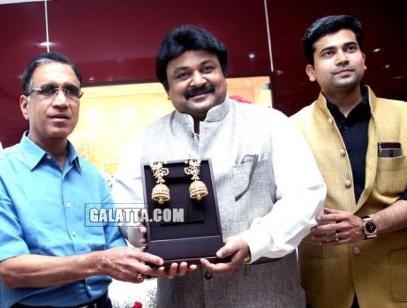 Prabhu at Kalyan Jewellers' preview of Annanagar Showroom