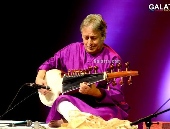Ustad Amjad Ali Khan's star-studded concert at the Royal Opera House