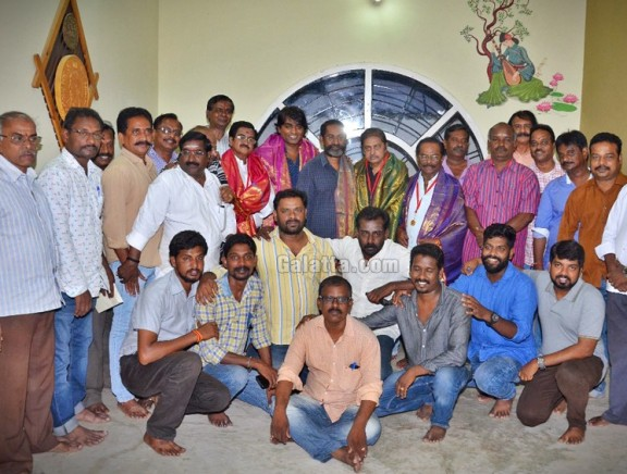 Vijay Sethupathi honours PRO Union members with gold coin