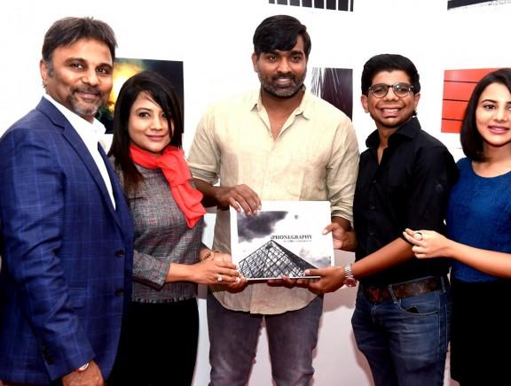 Vijay Sethupathi inaugurates iPhonegraphy photography exhibition