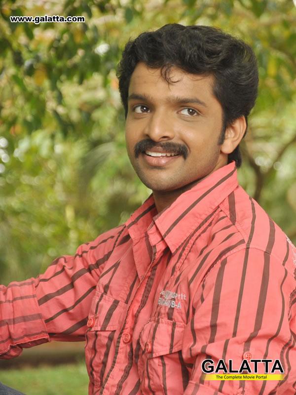 Murali krishna photo gallery malayalam actor murali for J murali ias profile