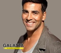 Akshay Kumar's family skipped food to buy film tickets!