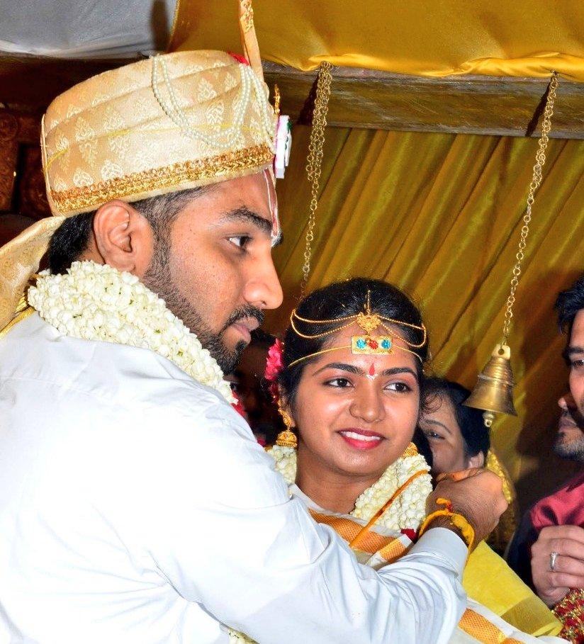 Actor Vasu Vikram's Daughter Sandhiya Wedding