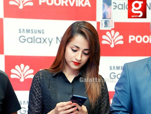 Actress Trisha launches Samsung Galaxy Note 9 at Poorvika, Adambakkam