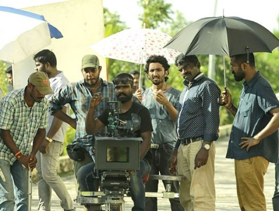 Anuraga Karikkin Vellam On Location