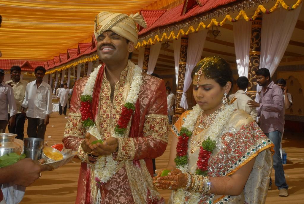 Bhuma Nagi Reddy Daughter Mounika Reddy Engagement – Migliori Pagine