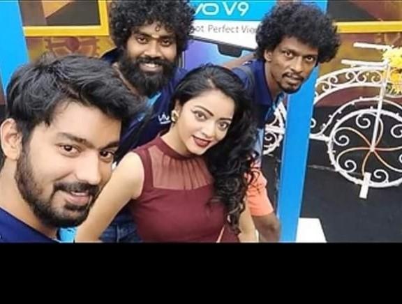 Biggboss Tamil 2 Housemate Selfies