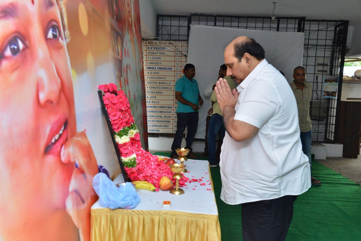 Celebrities Pay Homage to Jaya B on 11th Day Ceremony