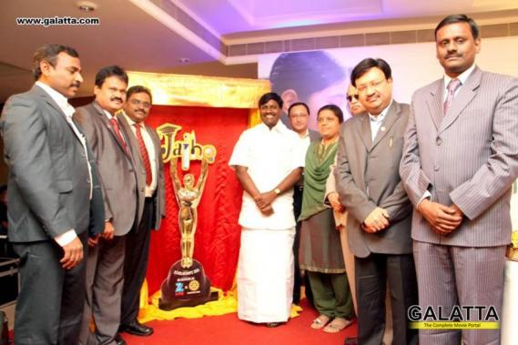 Celebs At Zee Tamil Jai Ho 2013 Scholarship Program