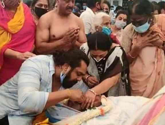 Chiranjeevi Sarja Funeral Photos - Kannada Tamil Event Photos