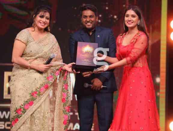 Galatta Nakshatra Awards 2019 The Awarding Photos Set 1