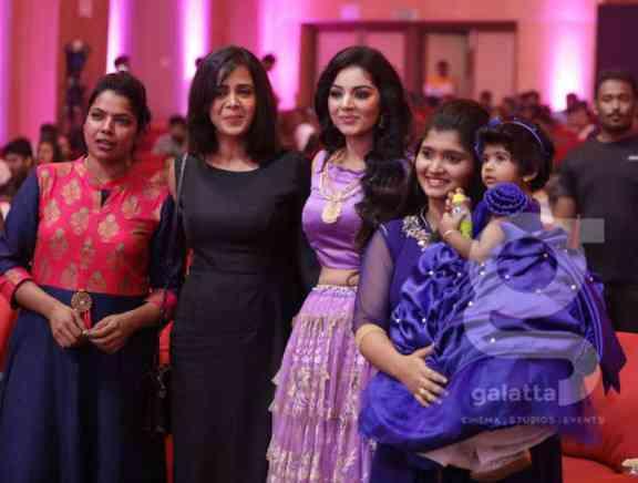 Galatta Nakshatra Awards 2019 The Candid Photos