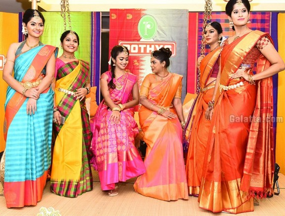Pothys Best Silk Weaver Award and Pothys Young Women Achievers Awards