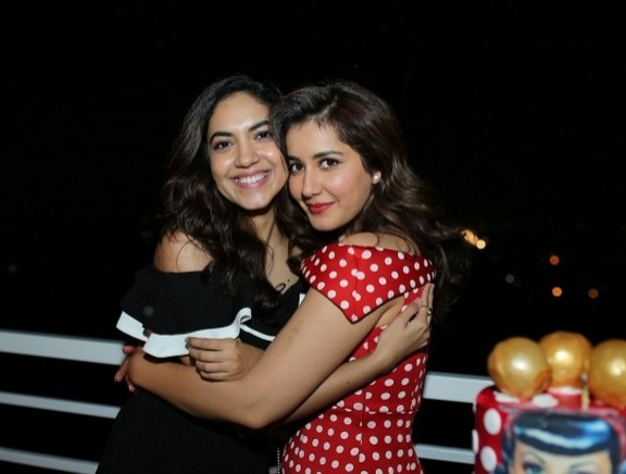 Raashi Khanna Birthday Celebrations