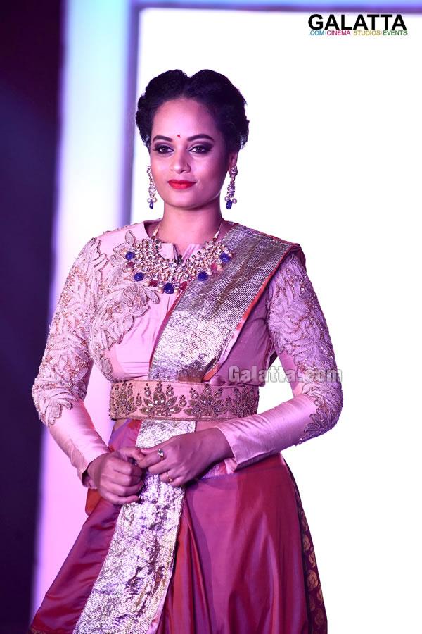 Suja Varunee walks the ramp for Deepika Pillai at Razzmatazz Fashion Week 2018