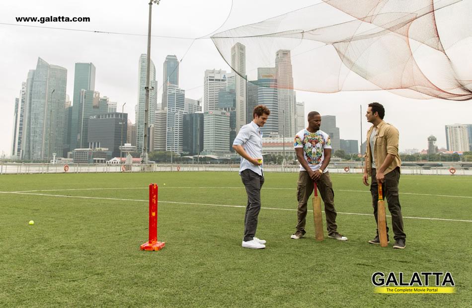 The Amazing Spider Man 2 Stars Andrew Garfield and Jamie Foxx Get Set for IPL
