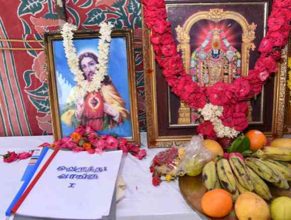 Velluthu Vaanku Movie Pooja
