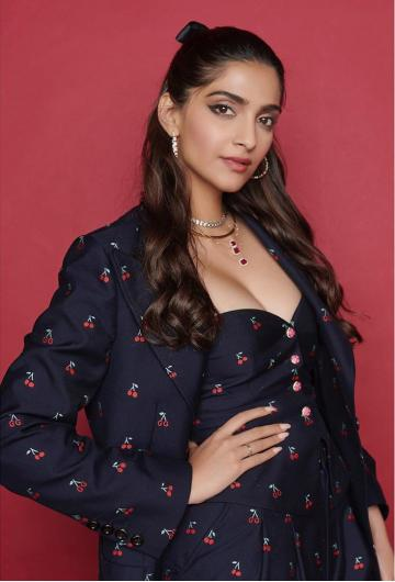 Sonam Kapoor Ahuja had a stroll through the press recently over the Zoya Factor and she did it in a Gucci outfit that deserves mention