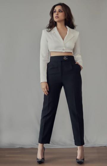 Stylist Sanjana Batra found our girl those cool bling heels from Jimmy Choo - Fashion Models