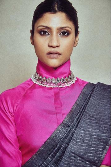The choker and earrings from Amrapali are great statement pieces - Fashion Models