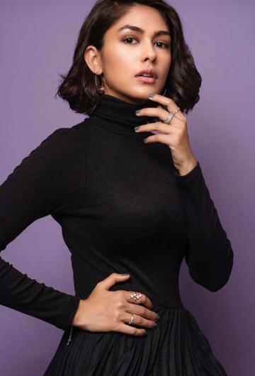 Batla House actor Mrunal Thakur was having a drab day at the Mumbai Film Festival in this black outfit from Massimo Dutti  - Fashion Models