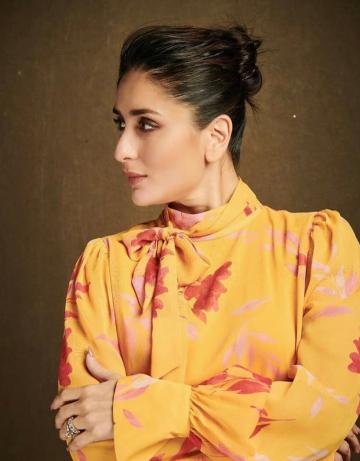 Hairstylist Amit Thakur gave Kareena a messy bun which looks glamourous  - Fashion Models