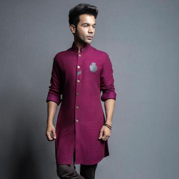Rajkummar Rao was recently the guest at a TV show and wore this regal kurtha from designers Shantanu and Nikhil - Fashion Models