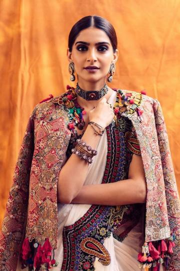 Sonam Kapoor got together again with sister-stylist Rhea Kapoor and we're loving the result - Fashion Models