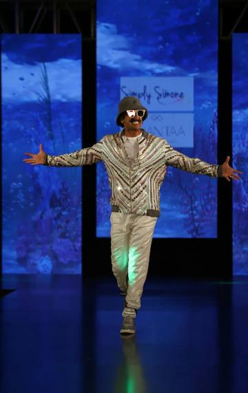 Ranveer Singh always dress to be flamboyant and the instinct is covered by the coolers and that hat - Fashion Models