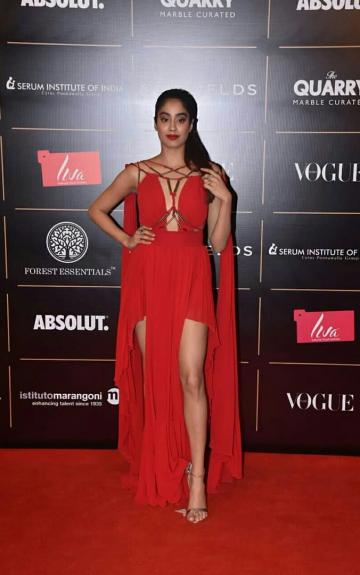 Jhanvi Kapoor arrived at the Vogue women of the year awards looking like a goddess in this hot, flowy dress from Basil Soda - Fashion Models
