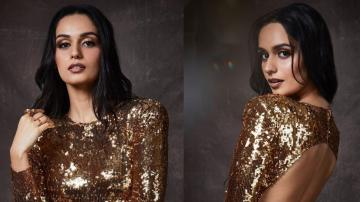 Manushi Chillar looking hot in this gold outfit