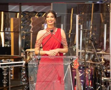 Diana Penty attended a fundraising dinner in New York wearing this beautiful red saree from Tarun Tahiliani - Fashion Models