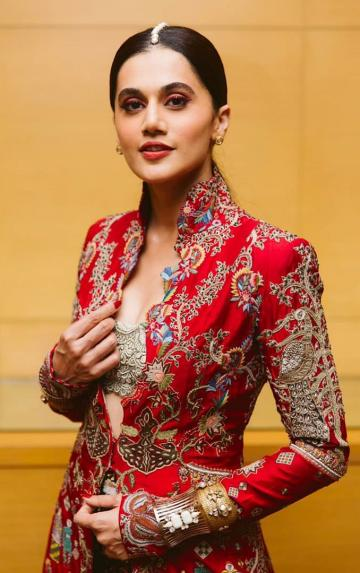 Taapsee Pannu arrived at the Vogue women of the year awards looking gorgeous in this red ensemble from Anamika Khanna - Fashion Models