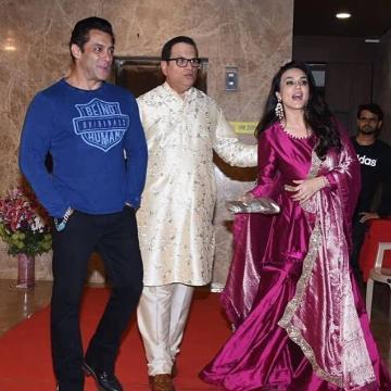 Preity Zinta had fun at the Diwali party thrown by producer Ramesh Taurani wearing this pink sharara ensemble from Manisha Malhotra - Fashion Models