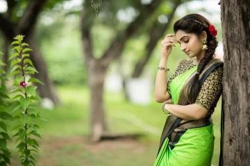 Television sweetheart Nakshathra Nagesh was recently seen in this beautiful green saree from Urban Closet  - Fashion Models