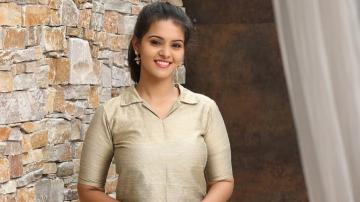 Swathishta Krishnan in a girl-next-door outfit