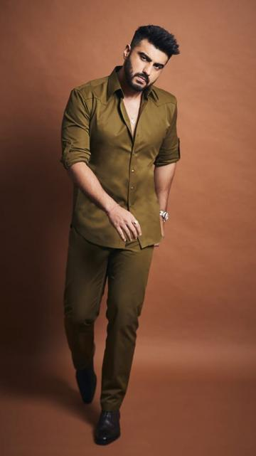 Arjun Kapoor arrived for the trailer launch of the movie Panipat in this khaki ensemble from The Maroon Suit - Fashion Models