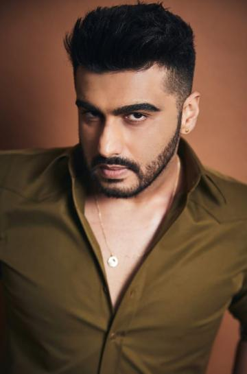 The Gunday actor is obviously giving the no-shave November a miss - Fashion Models