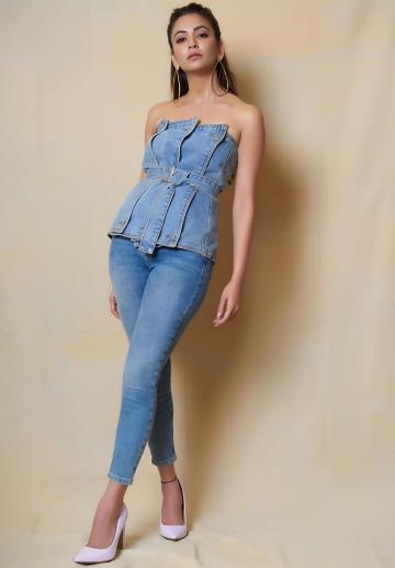 Kriti Karbandha arrived for a promotional event for the movie Pagalpanti in this on-point jeans ensemble put together by stylist Anisha Jain - Fashion Models