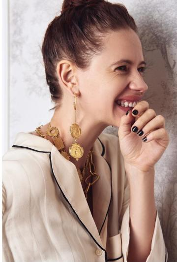 And we love that smile, the best feature of all Kalki's avatars - Fashion Models