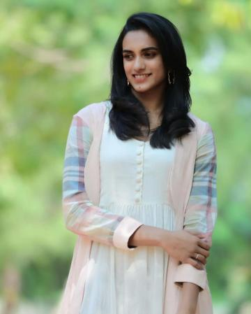 PV Sindhu was seen at the launch of Vera health care, a health camp for sportspersons, in this aesthetic ensemble from Label Nimbus - Fashion Models