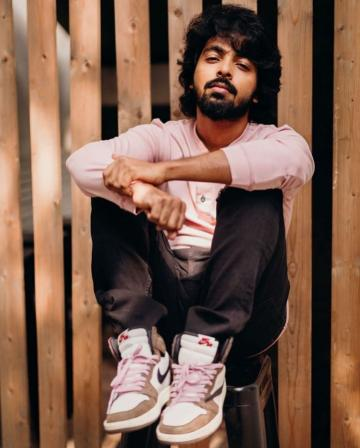 Stylist Roofa had GV Prakash in a baby pink T-shirt, with matching shoelaces on his chunky athleisure shoes. - Fashion Models