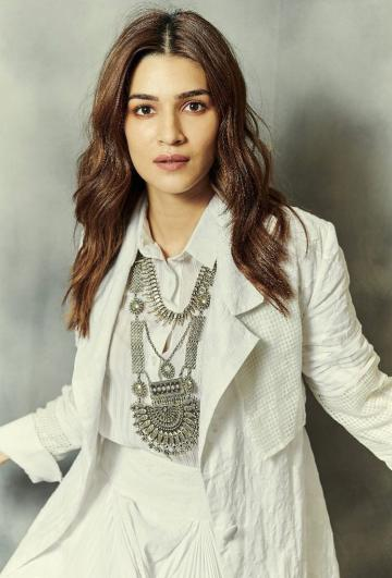 We love that dose of chunky ethnic silver jewellery from Silver Streak - Fashion Models