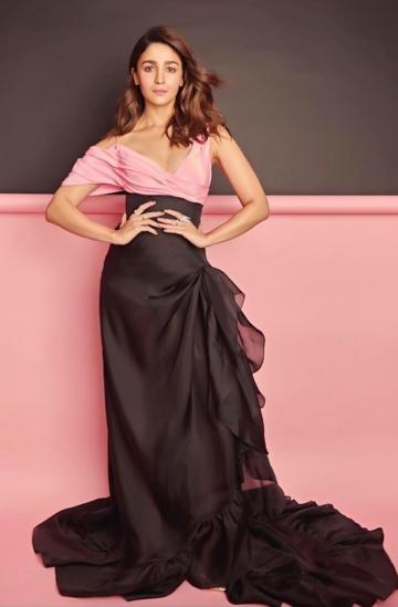 The 'ramp favourite' ballgown in pink taffeta has a voluminous skirt with thigh-high slit and a pleated train - Fashion Models