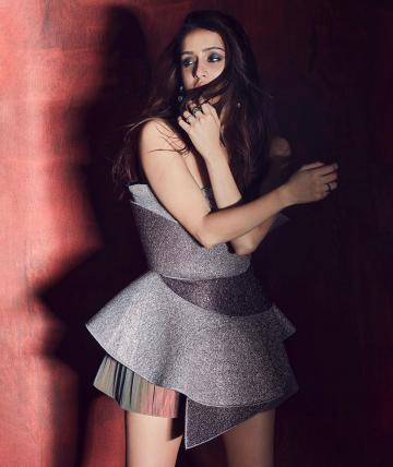 Shraddha Kapoor was recently seen in this futuristic looking outfit from designer Amit Aggarwal - Fashion Models