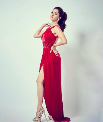 Stylist Shwetha Malpani found her some great strap heels in a shimmery beige shade - Fashion Models